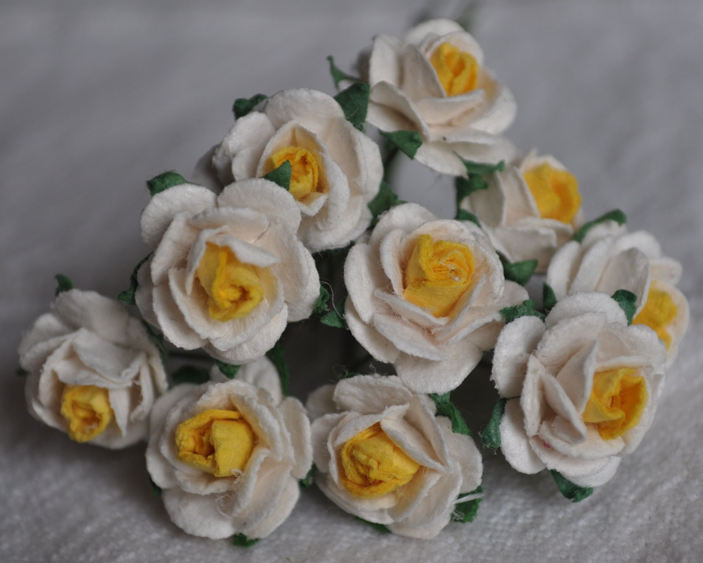 15cm White With Yellow Center Mulberry Paper Roses