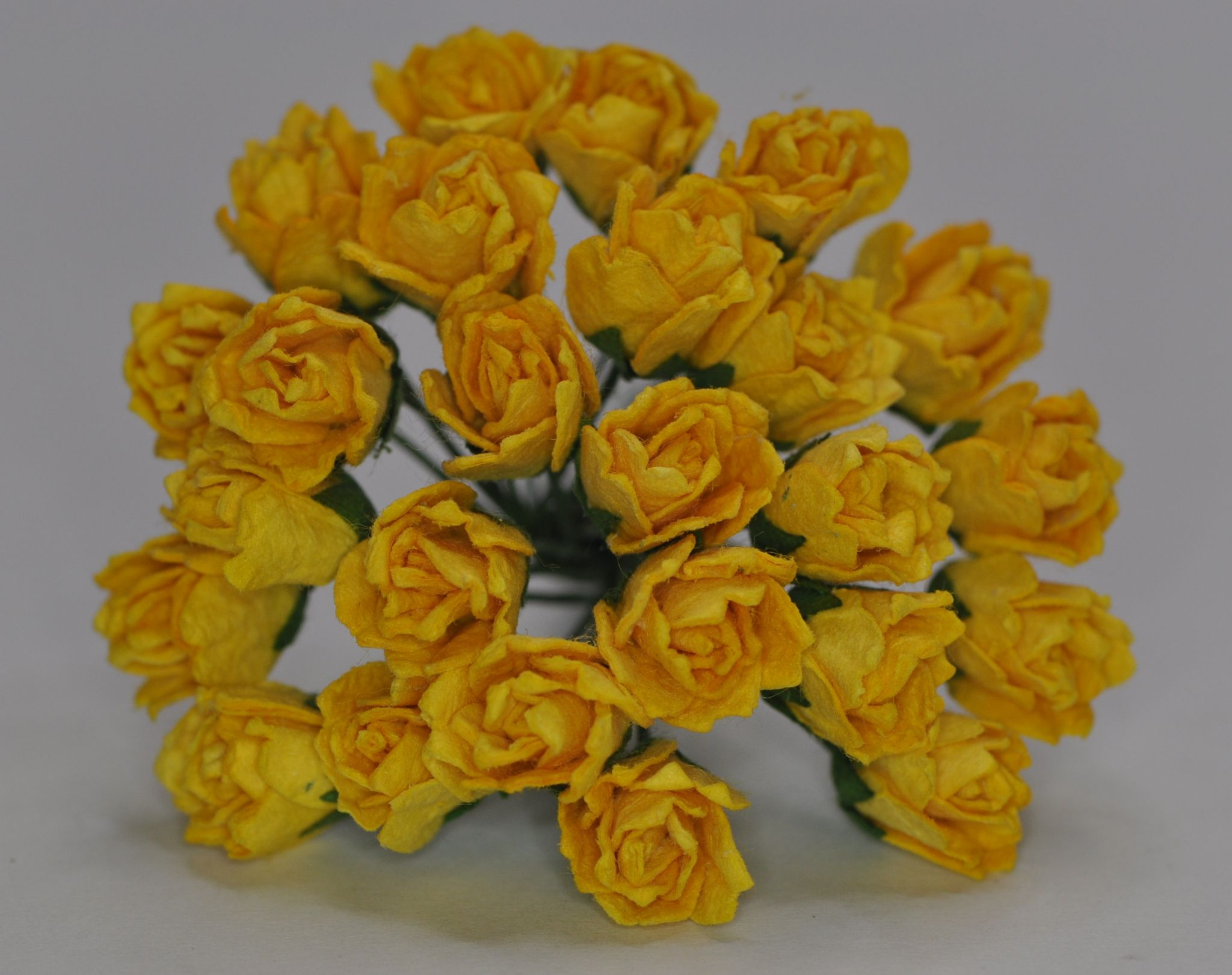 11mm Yellow Carnation Dianthus Buds Mulberry Paper Flowers