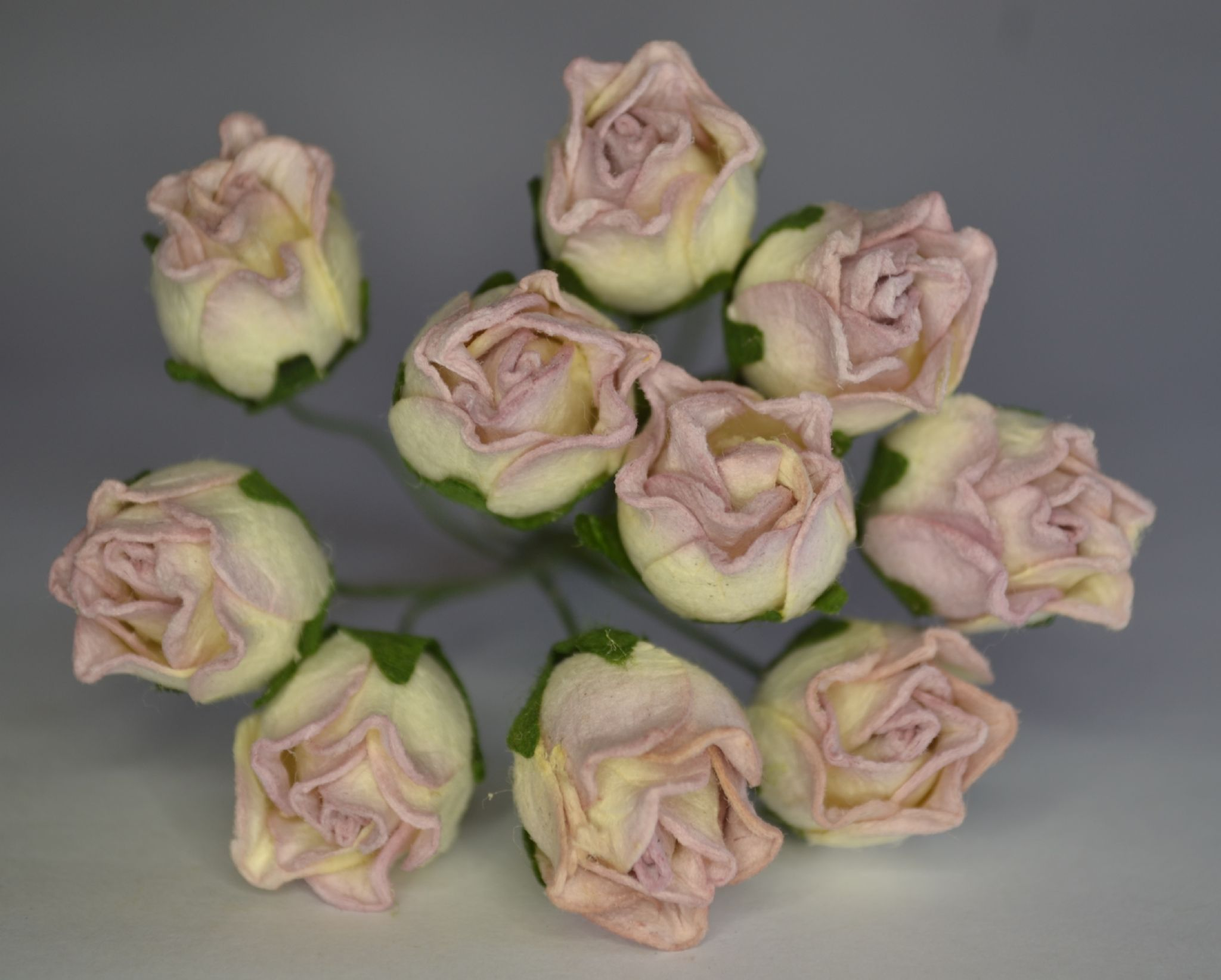 15mm Pale Dusky Pink Hip Rose Buds L Mulberry Paper Flowers