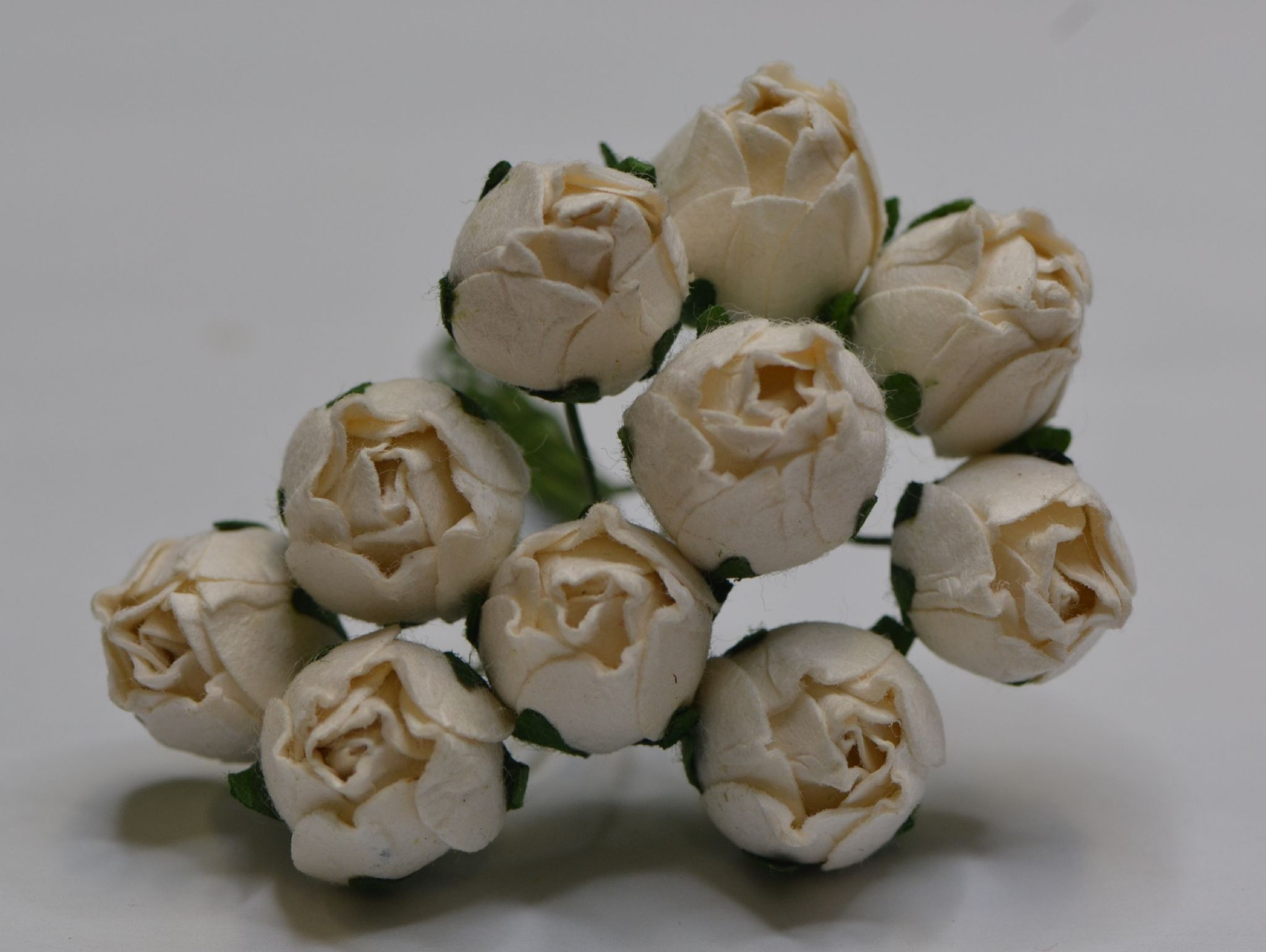 15mm White Hip Rose Buds L Mulberry Paper Flowers